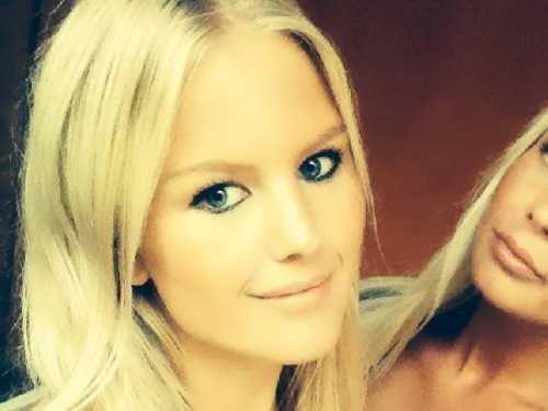 Junge Blondine aus München sucht private Sextreffen
